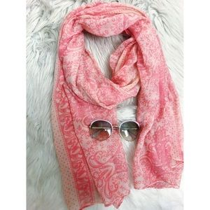 ❤️ 3 items for $20❤️ Pink Printed Scarf 🎀